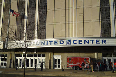 Street Hockey Photograph - Chicago United Center Signage by Thomas Woolworth