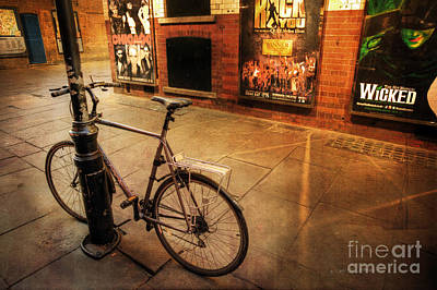 Photograph - Chicago Wicked Bicycle by Craig J Satterlee