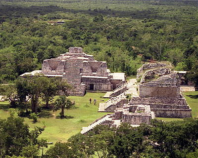 Indian Ruins Photograph - Chichen Itza by Michael Peychich