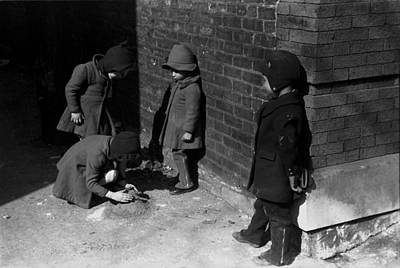1940s Candid Photograph - Children Play In Chicago, Original by Everett