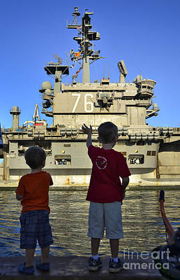 Politicians Royalty-Free and Rights-Managed Images - Children Wave As Uss Ronald Reagan by Stocktrek Images