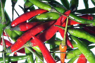 Photograph - Chilli Riot by Steve Purnell