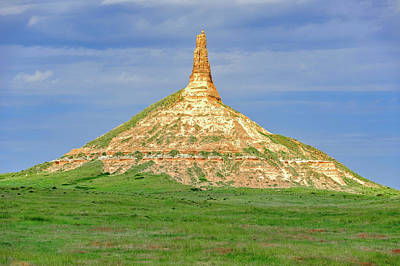 Photograph - Chimney Rock North Platte River Valley Nebraska by Frank J Benz