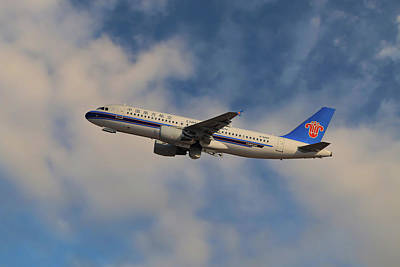 China Wall Art - Photograph - China Southern Airlines Airbus A320-214 by Smart Aviation