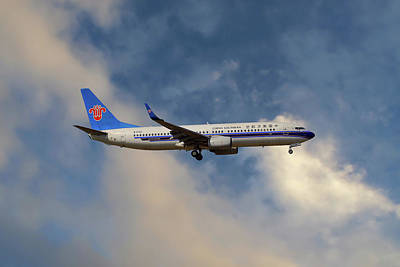 China Wall Art - Photograph - China Southern Airlines Boeing 737-81q by Smart Aviation