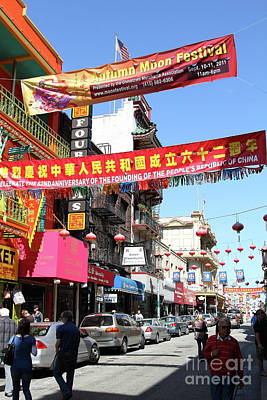 Photograph - Chinatown Street Scene In San Francisco California 7d7416 by San Francisco Art and Photography