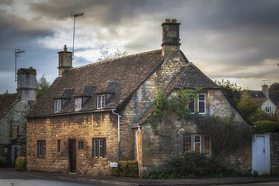 Chipping Camden Cottage Art Print by Chris Fletcher