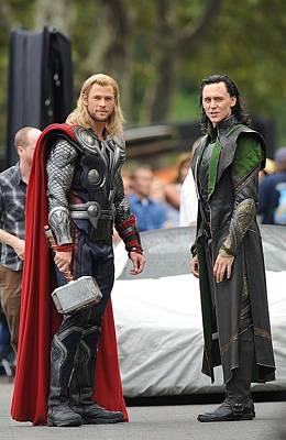 Paparazziec Photograph - Chris Hemsworth, Tom Hiddleston by Everett