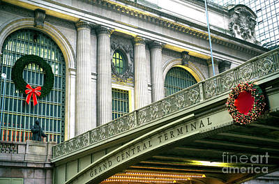 Photograph - Christmas At Grand Central Terminal by John Rizzuto
