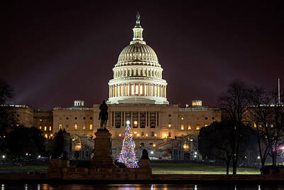 Photograph - Christmas At The Capital by Ryan Wyckoff
