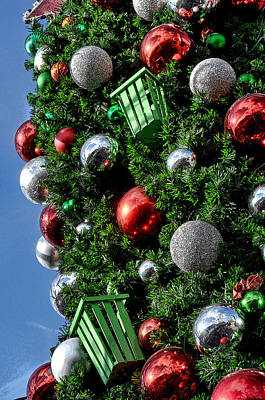 Photograph - Christmas Balls by Mark Madere