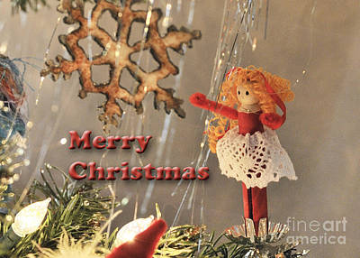 Photograph - Christmas Clothespin Card by Nancy Greenland