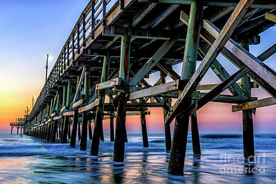 Photograph - Christmas Day Sunrise At The Pier #2 by David Smith