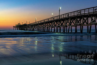 Photograph - Christmas Day Sunrise At The Pier by David Smith