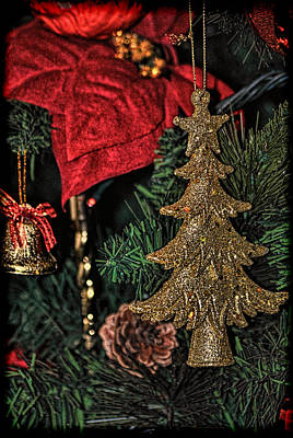 Photograph - Christmas Decoration by Isam Awad