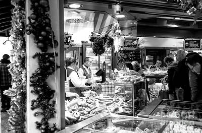 Photograph - Christmas Eve Food Shopping At The Viktualienmarkt by John Rizzuto
