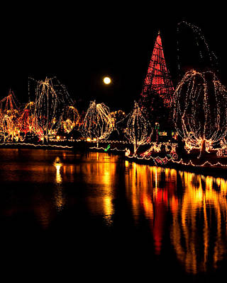 Photograph - Christmas Glow by Lana Trussell