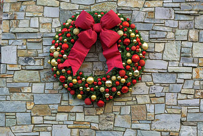 Photograph - Christmas Holiday Wreath On Stone Wall by David Gn