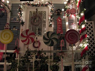 Photograph - Christmas House by James B Toy