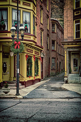 Photograph - Christmas In Jim Thorpe by Frank Morales Jr