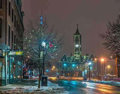 Photograph - Christmas In Lowell 378 by Jeff Stallard