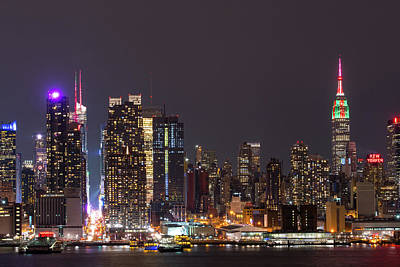 New York City Skyline Photograph - Christmas In New York City by Robert Barnes