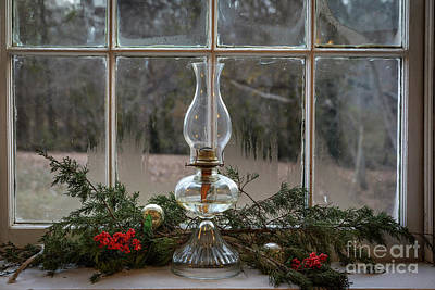 Photograph - Christmas Lamp by Dennis Hedberg