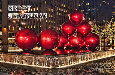 Photograph - Christmas On 5th Avenue Manhattan 1 Christmas Card by Steve Purnell