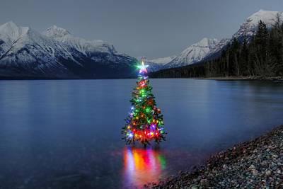 Christmas Spirit In Glacier Park Art Print