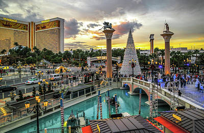 Colorful Button - Christmas Sunset in Vegas by Ross Henton