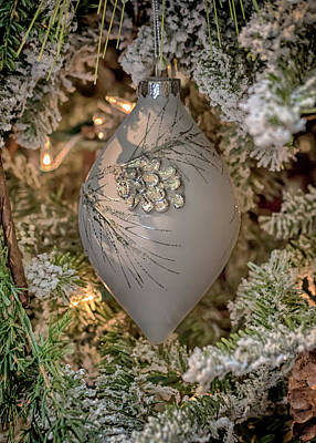 Photograph - Christmas Teardrop Ornament  by Susan Rissi Tregoning