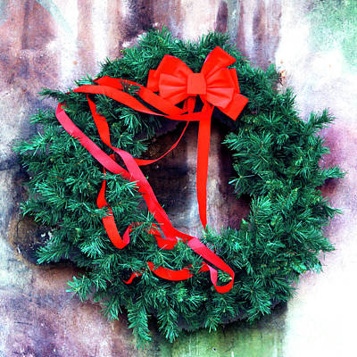 Photograph - Christmas Wreath In The French Quarter New Orleans by John Rizzuto