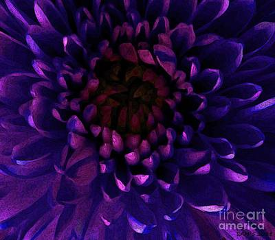 Photograph - Chrysanthemum In Lavender Shades / Posterized by Elizabeth McTaggart