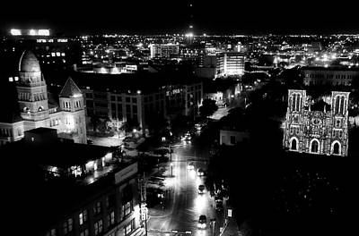 Photograph - San Antonio Nights by Robert McCubbin