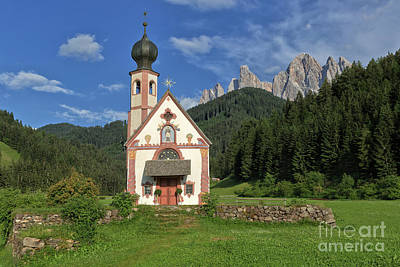 Photograph - Church Of St. Johann In Ranui by Yair Karelic