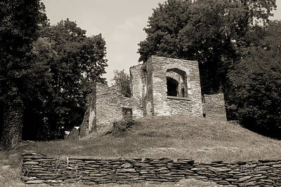 Photograph - Church Ruins In Harpers Ferry by Judi Quelland