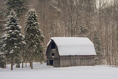 Photograph - Church Street Barn by Guy Whiteley