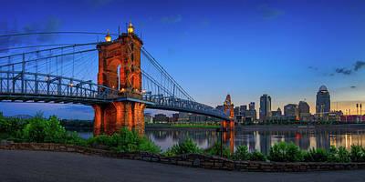 Photograph - Cincinnati 1 by Emmanuel Panagiotakis