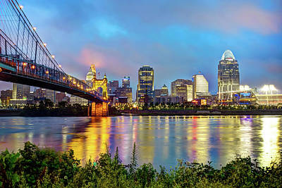 Photograph - Cincinnati Skyline Cityscape Art - Color by Gregory Ballos