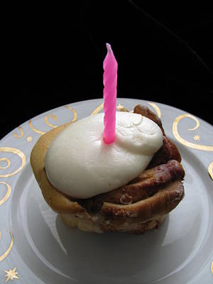 Photograph - Cinnamon Bun Birthday by Lindie Racz