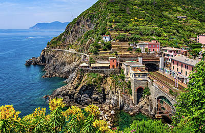 Photograph - Cinque Terre Train Station by Carolyn Derstine