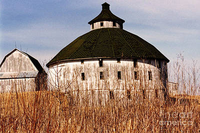 Round Barn Photograph - Circular by Jeff Barrett
