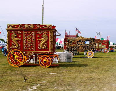 Milwaukee Parade Photograph - Circus Wagons by Steve Bell