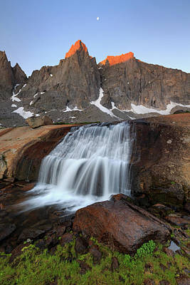 Photograph - Cirque Of The Towers Sunrise. by Johnny Adolphson