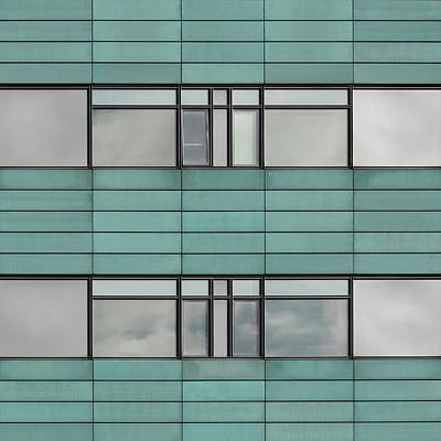 Photograph - City Grids 40 by Stuart Allen