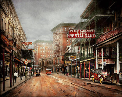 City - New Orleans - A Look At St Charles Ave 1910 Art Print by Mike Savad