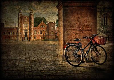 City Wheels Print by Evelina Kremsdorf