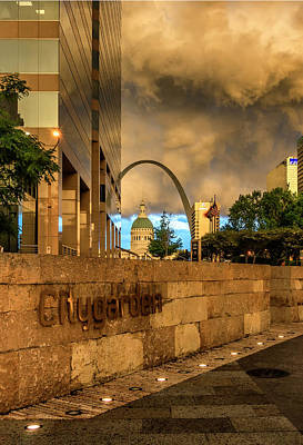 Photograph - Citygarden And Gateway Mall St Louis Mo_port_dsc4531_16_371 by Greg Kluempers