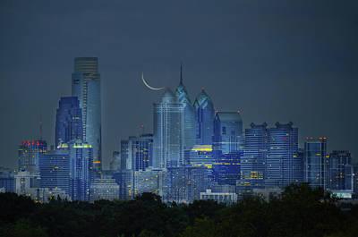 Photograph - Cityscape - Philadelphia Pennsylvania- Cresent Moon by Bill Cannon