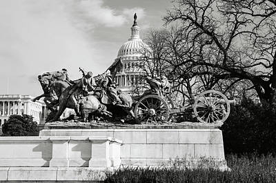 Patriotic Bronze Photograph - Civil War Memorial Washington Dc by Brandon Bourdages